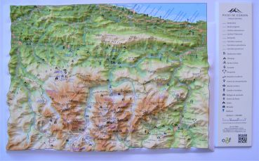 Map Of Spain Mountains.Raised Relief Maps Of Pyrenees Mountains Spain And France As 3d Map