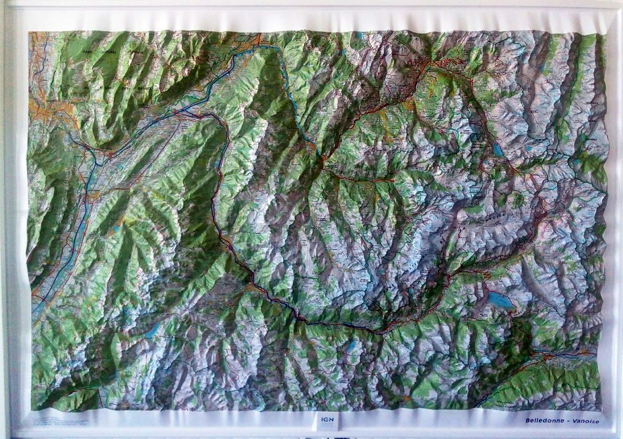 Raised relief map Belledonne and Vanoise as 3d map